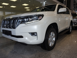 Land Cruiser SUV 2.8 D-4D Luxury 4WD A/T