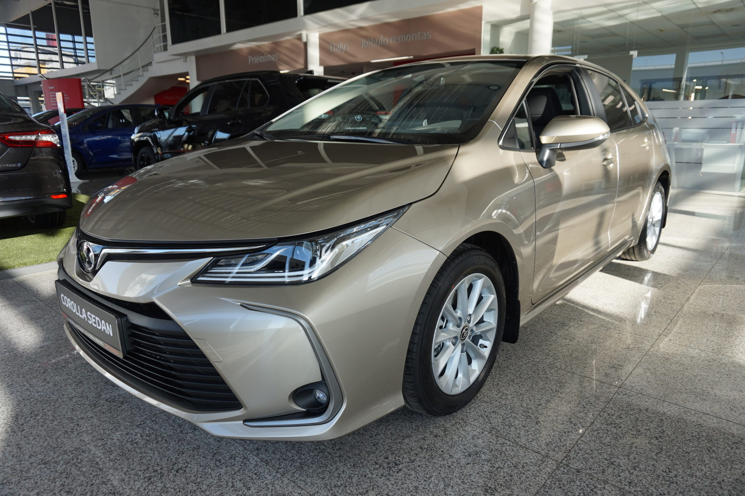 Corolla Sedan 1.5 Dynamic Force Active Plus Multidrive S Image
